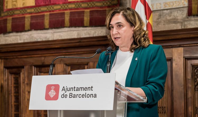 """És enganyós afirmar que a Barcelona """"no ha parat d'augmentar"""" el pressupost de neteja, com assegura Colau"""