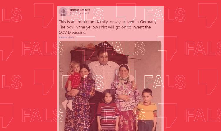 Ugur Sahin, responsable de la vacuna de Pfizer, no és el nen de groc que circula a xarxes