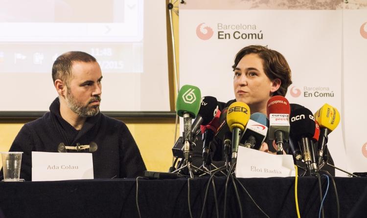 Eloi Badia i Ada Colau (Barcelona en Comú - Wikimedia)
