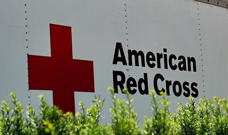 No, la Creu Roja Americana no ha dit que els vacunats no puguin donar sang ni plasma